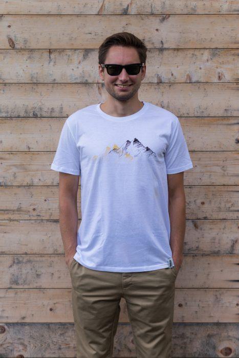 Schneeverliebt Berge Shirt