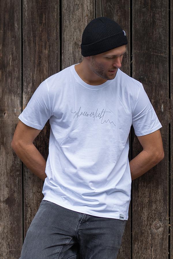 """Schneeverliebt """"Firstline"""" Shirt in weiß mit grauem Aufdruck"""