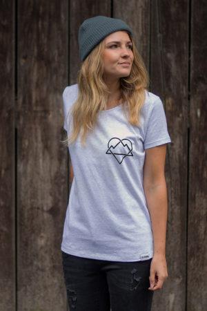 """Schneeverliebt Shirt """"Ewige Liebe"""" in Heather Ash"""