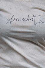 woman_shirt_firstline_sparkle_detail