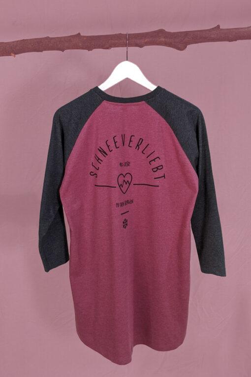 Backprint auf dem Shirt mit 3/4-Ärmeln